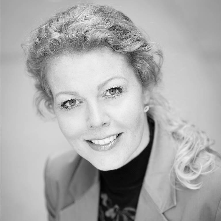 Anne Chatroux
